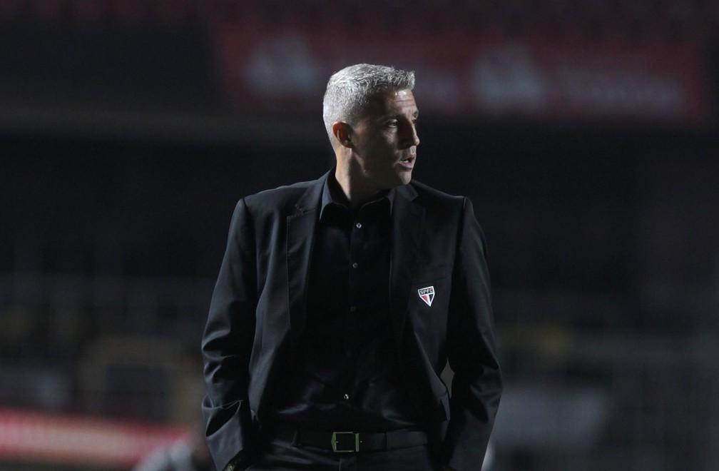 Hernán Crespo em partida contra o Atlético-MG — Foto: Rubens Chiri / saopaulofc.net