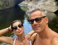 """Flávia Alessandra posta foto com Otaviano e se declara: """"É meu, sim"""""""