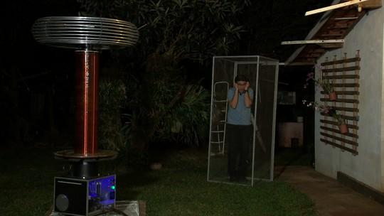Marcos Paiva conhece as bobinas de Tesla