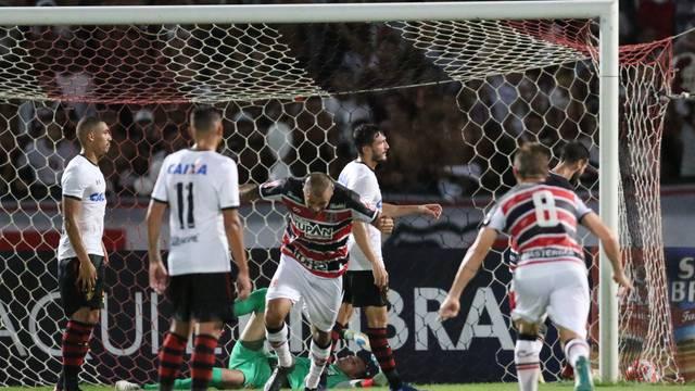 Magrão falhou no gol tricolor