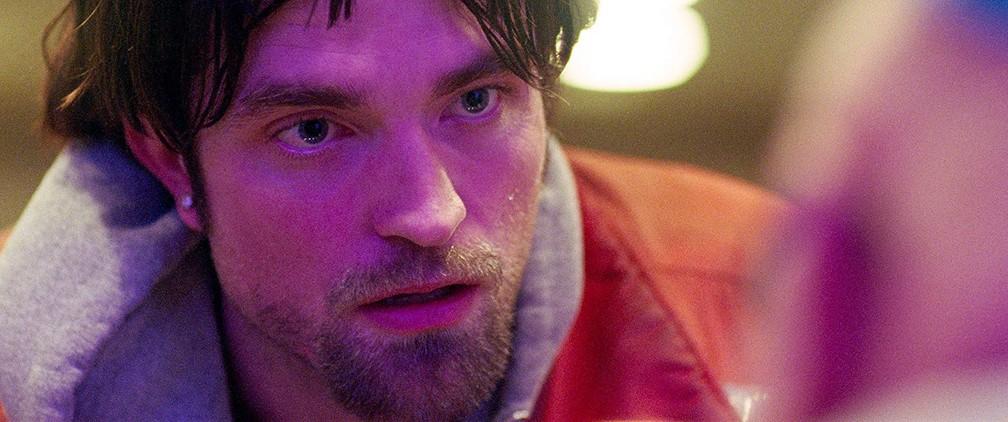 Robert Pattinson em cena de 'Bom comportamento' — Foto: Divulgação