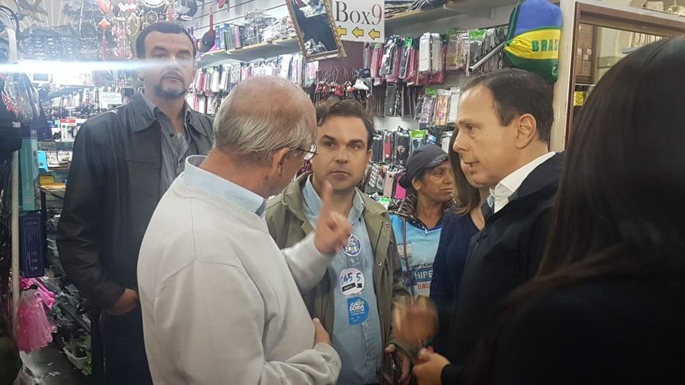 João Doria visitou o mercado municipal de Avaré — Foto: Nohlan Hubertus/TV TEM.