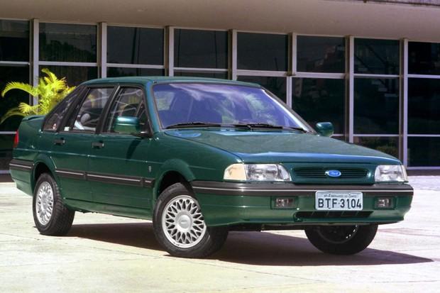 Facelift do Versailles adotou grade parecida com os Ford americanos e europeus (Foto: Divulgação)