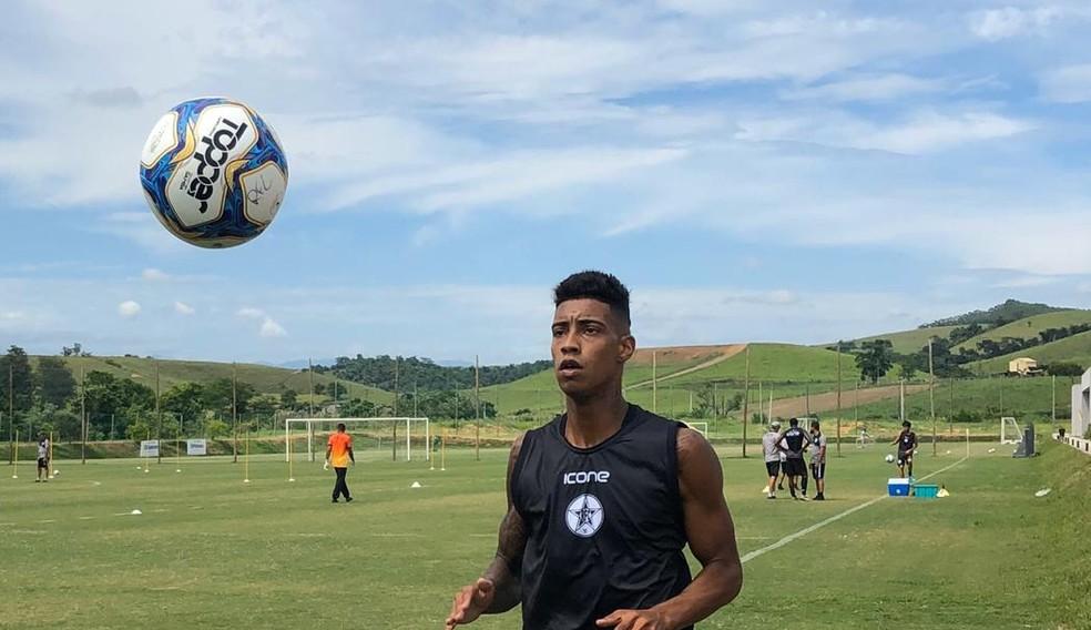 Alef Manga estava no Resende — Foto: Divulgação/RFC