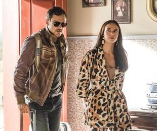 Sergio Guizé e Paolla Oliveira gravam a cena de 'A dona do pedaço' | TV Globo/Paulo Belote