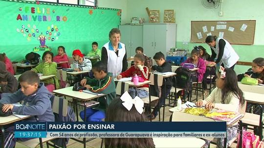 Com 54 anos de profissão, professora vira inspiração no distrito de Guarapuava