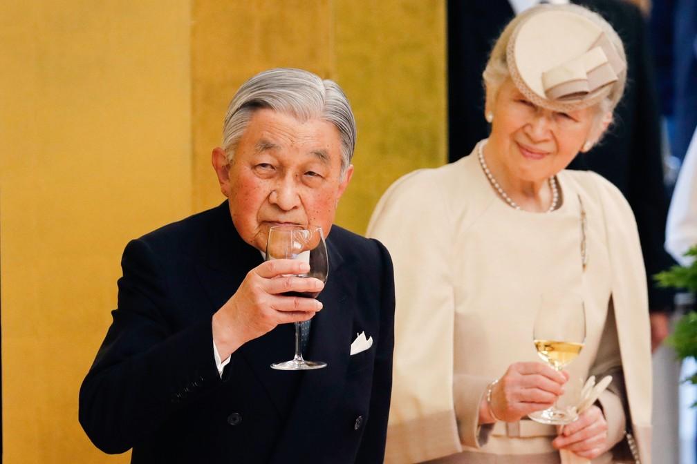 O imperador Akihito, de 85 anos, vai abdicar do trono na próxima terça (30). — Foto: Kim Kyung-Hoon/Pool/AFP