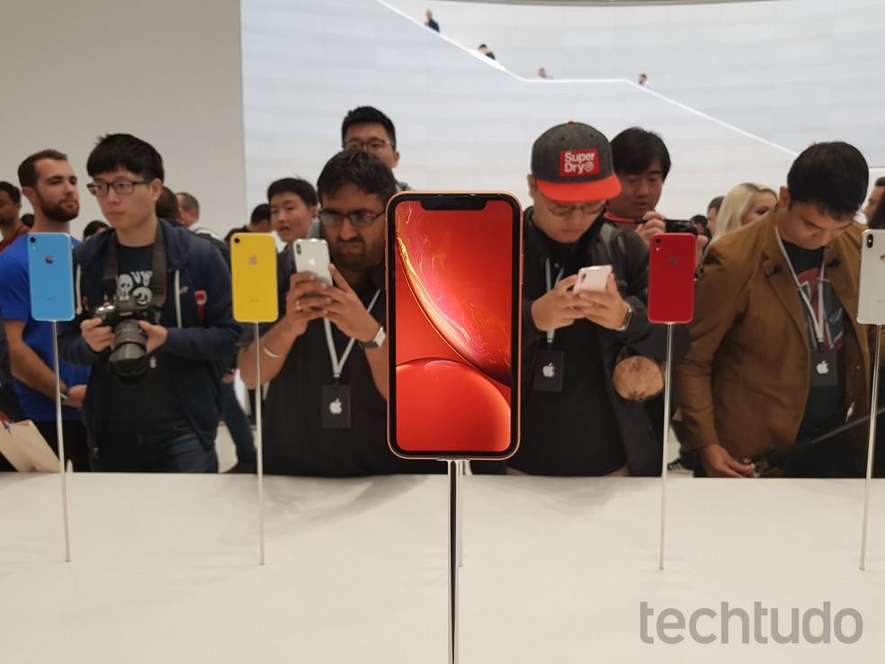 iPhone XR é o novo smartphone de entrada da Apple; preços começam em US$ 749 — Foto: Thássius Veloso / TechTudo