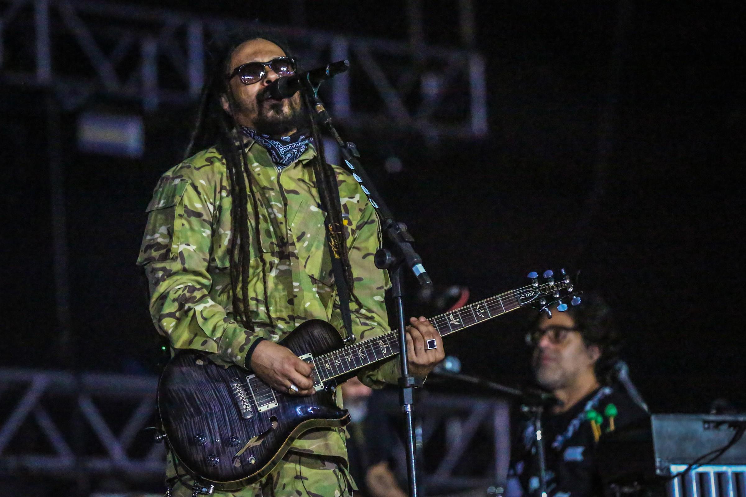 O Rappa, Nação Zumbi e Baiana System fazem show em Pernambuco