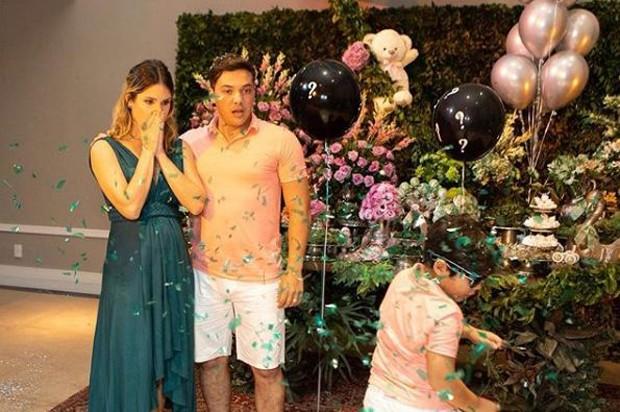 Wesley Safadão descobre sexo do segundo filho com Thayane Dantas