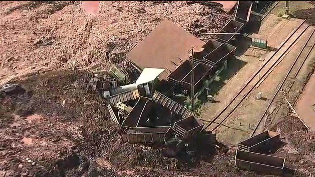 Imagens aéreas mostram destruição — Foto: TV Globo