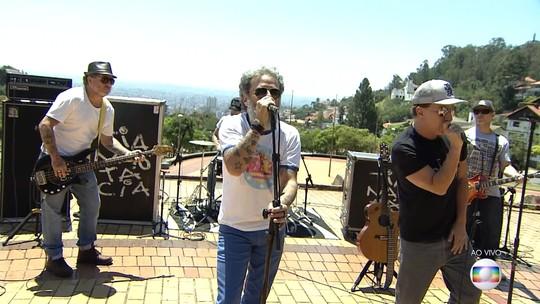 Praça do Papa é o palco natural de Belo Horizonte, diz músico do Tianastácia