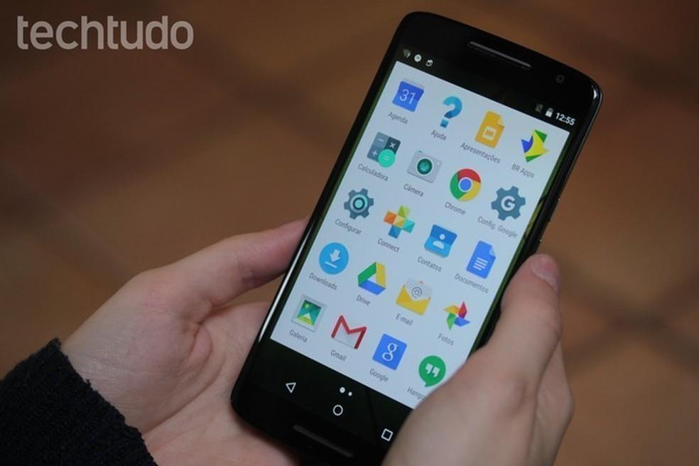 Android vem com os apps mais usados pela maioria das pessoas, como YouTube e Gmail  (Foto: Marlon Câmara/TechTudo)
