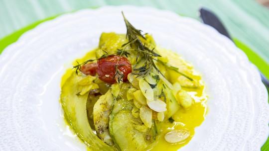 Peixe no Bafo com Legumes