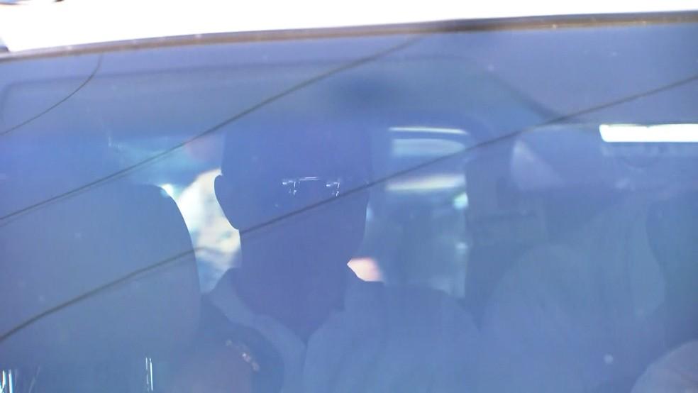 Joesley Batista chega à sede da PF (Foto: Reprodução/GloboNews)