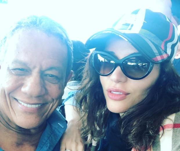 Arnaldo Pereira Filho e Maria Melilo (Foto: Mehjji Moana/Divulgação)