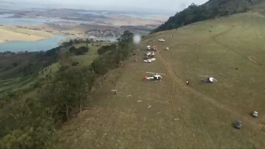 Policiais ficam feridos durante queda de parapente no morro do Gavião