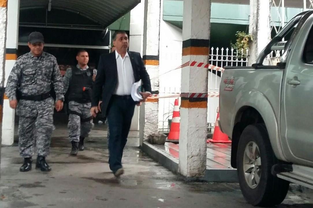 Defesa de deputado preso no Amapá cita trecho bíblico em novo pedido, mas Justiça nega doação de rim a amigo