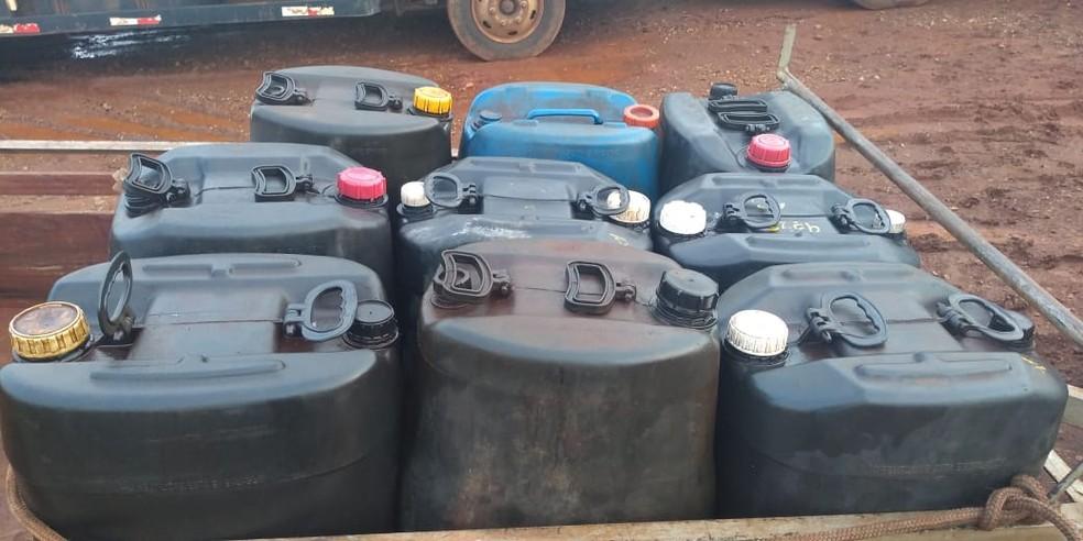 Polícia Civil vai investigar procedência do combustível apreendido em Macatuba — Foto: Polícia Militar/Divulgação