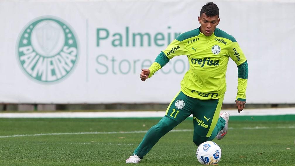 Após três meses fora, Veron detalha trabalho para voltar a atuar pelo Palmeiras