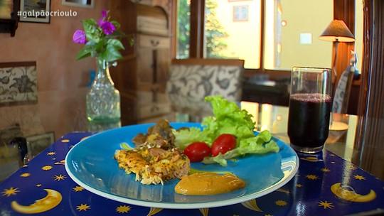 Salmão com Cogumelos e Maionese de Cenoura