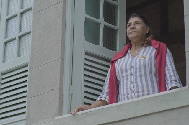 Marinete da Silva em 'Sob traçantes' (Foto: Divulgação)