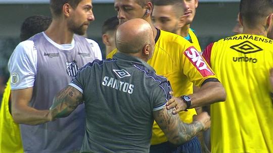 Sampaoli e Tiago Nunes põem panos quentes em discussão no empate entre Santos e Athletico