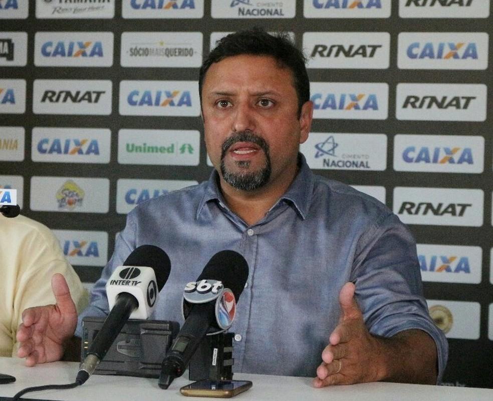 Giscard Salton diz que clube vai rescindir com parte do elenco até o final de setembro (Foto: Divulgação/ABC)