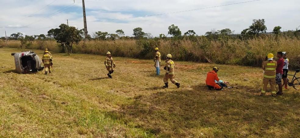 Homem de 32 anos morre em acidente na BR-020, no DF — Foto: CBMDF/Divulgação