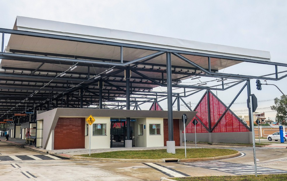 Prefeitura estuda colocar outras linhas no Terminal do Tatuquara. — Foto: Pedro Ribas/SMCS/Divulgação