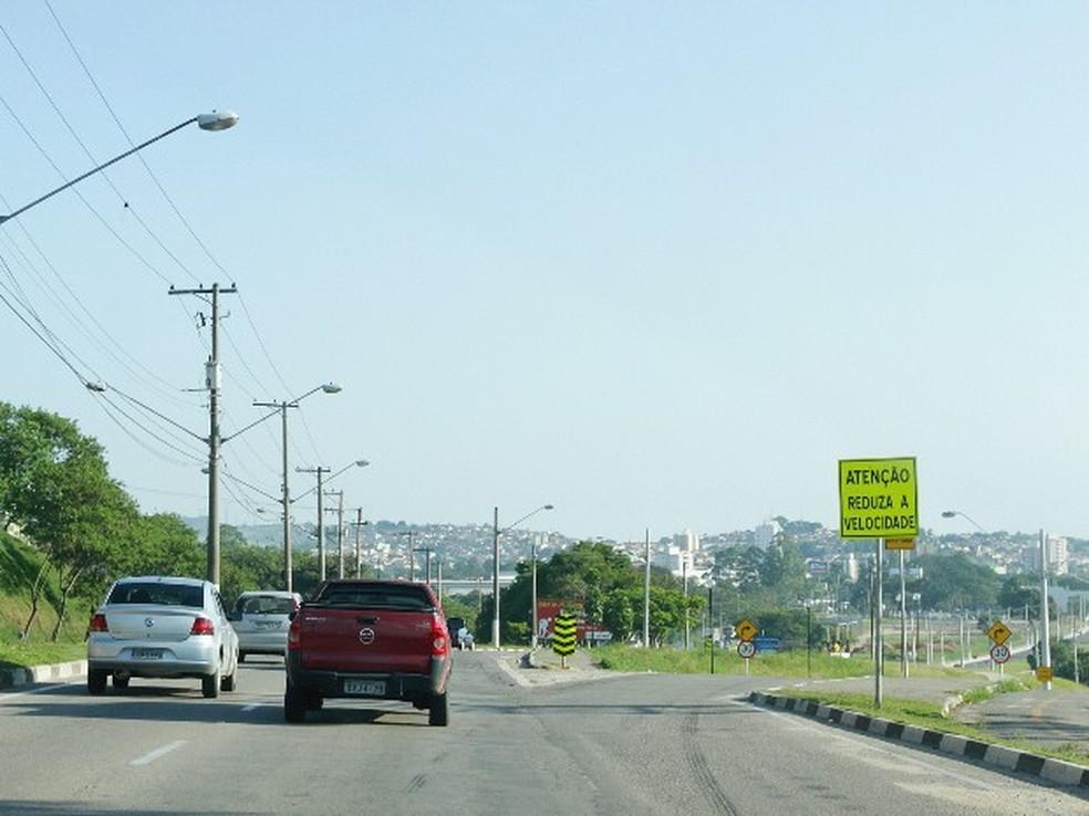 Avenida Getúlio Vargas, em Jacareí, é um dos principais corredores da cidade (Foto: Valter Pereira/PMJ)