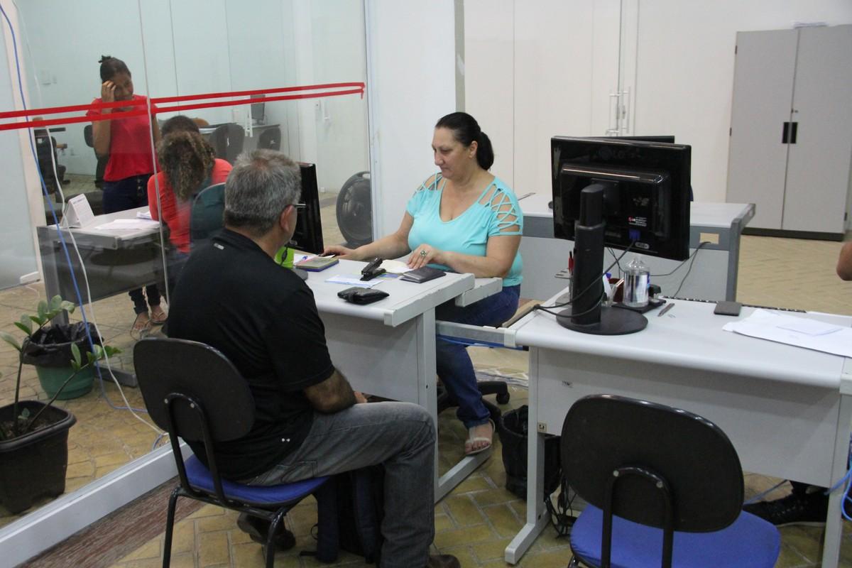 PAT de Hortolândia tem vagas de emprego nas áreas de saúde e gastronomia