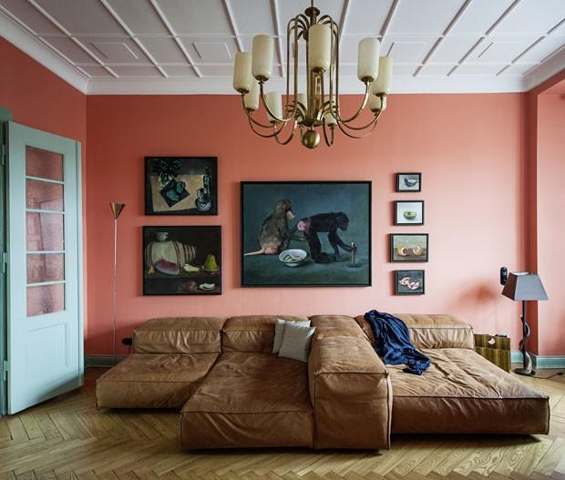 Cozinha rosa injeta ânimo em casa antiga (Foto: Wolfgang Stahr /Divulgação)