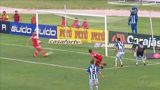 """Neto Baiano volta a marcar para o CRB e brinca: """"Sempre normal fazer gols em clássicos"""""""