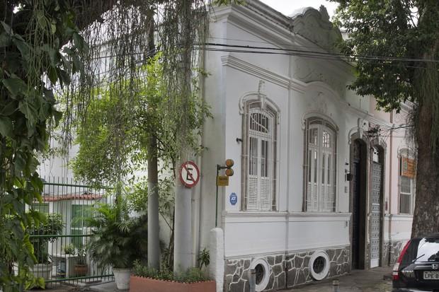 Sobrado histórico no RJ ganha décor contemporâneo após reforma  (Foto: FOTOS MCA ESTUDIO  )