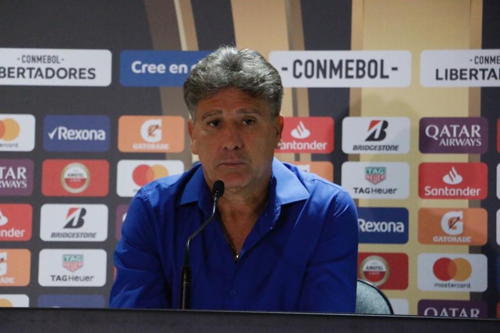 """Após primeira vitória na Libertadores, Renato pontua: """"É o Grêmio que queremos"""""""