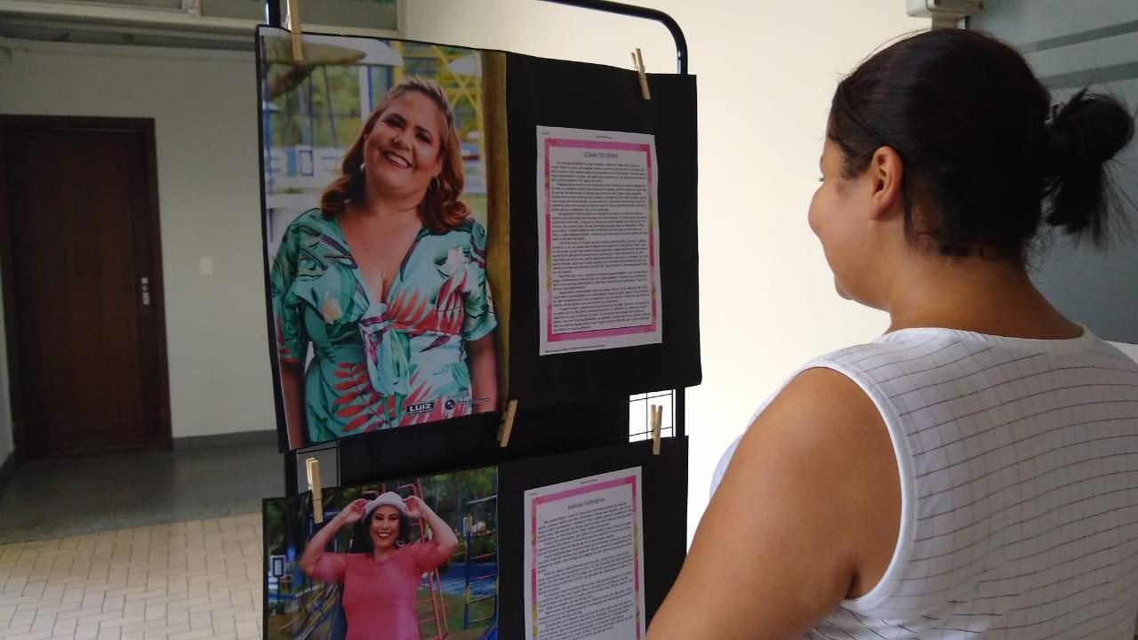 Outubro Rosa: exposição 'Vitórias' segue no Complexo de Saúde São João de Deus em Divinópolis até sexta-feira - Notícias - Plantão Diário