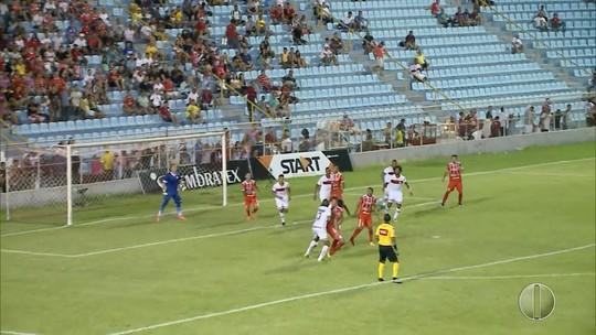 """Técnico do América-RN se satisfaz com empate fora de casa e vê time """"operário"""""""