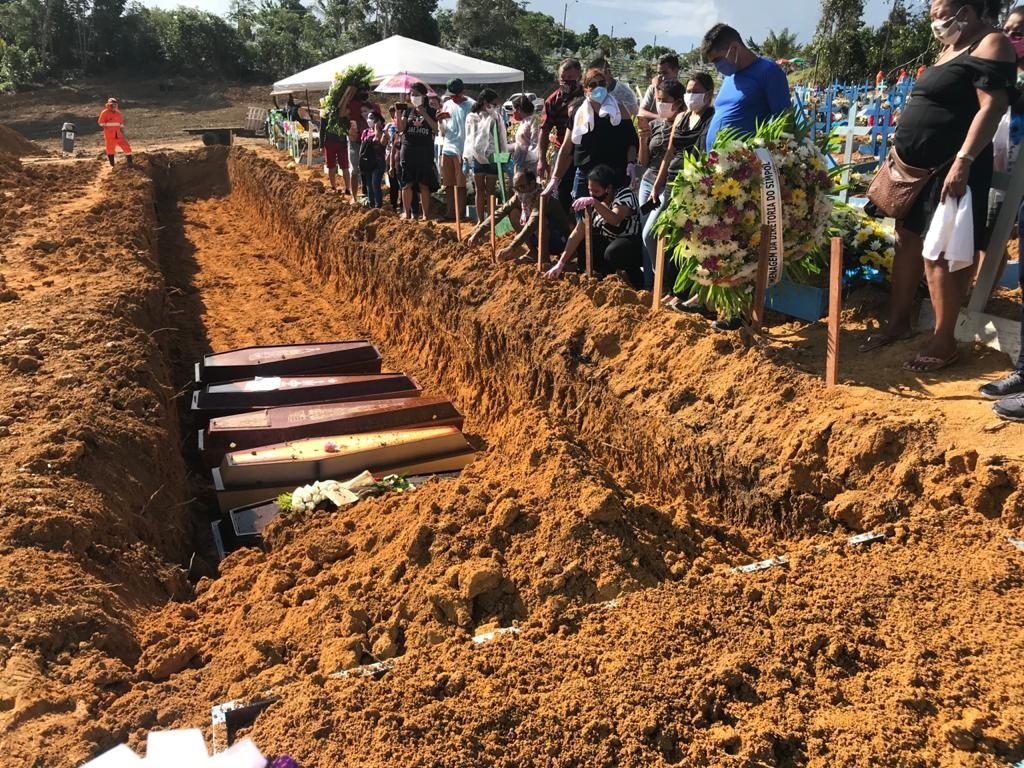 Manaus registra 136 enterros em um só dia e bate recorde desde início de pandemia; números são de mortes em geral, diz Prefeitura