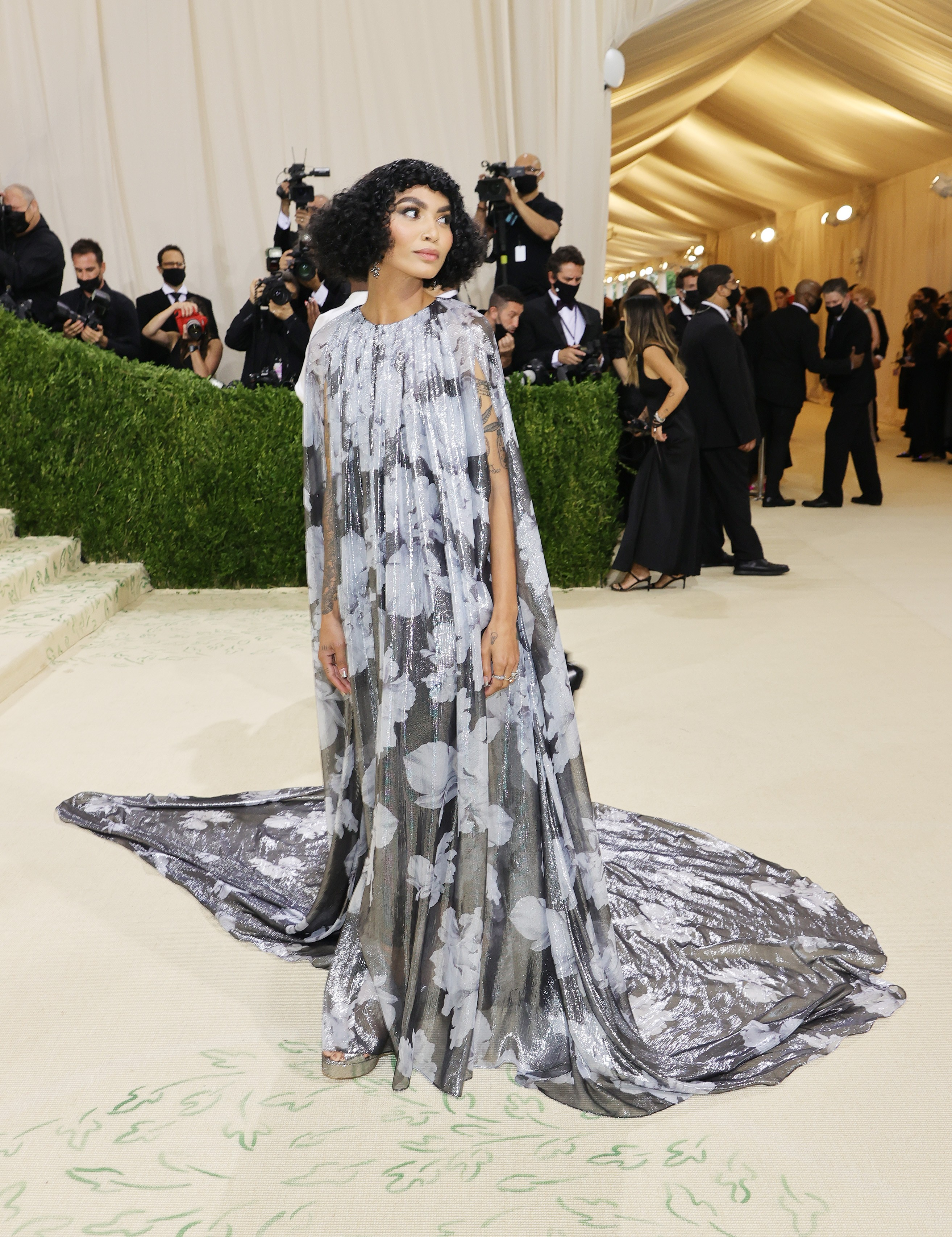 NEW YORK, NEW YORK - SEPTEMBER 13: Yara Shahidi attends The 2021 Met Gala Celebrating In America: A Lexicon Of Fashion at Metropolitan Museum of Art on September 13, 2021 in New York City. (Photo by Mike Coppola/Getty Images) (Foto: Getty Images)