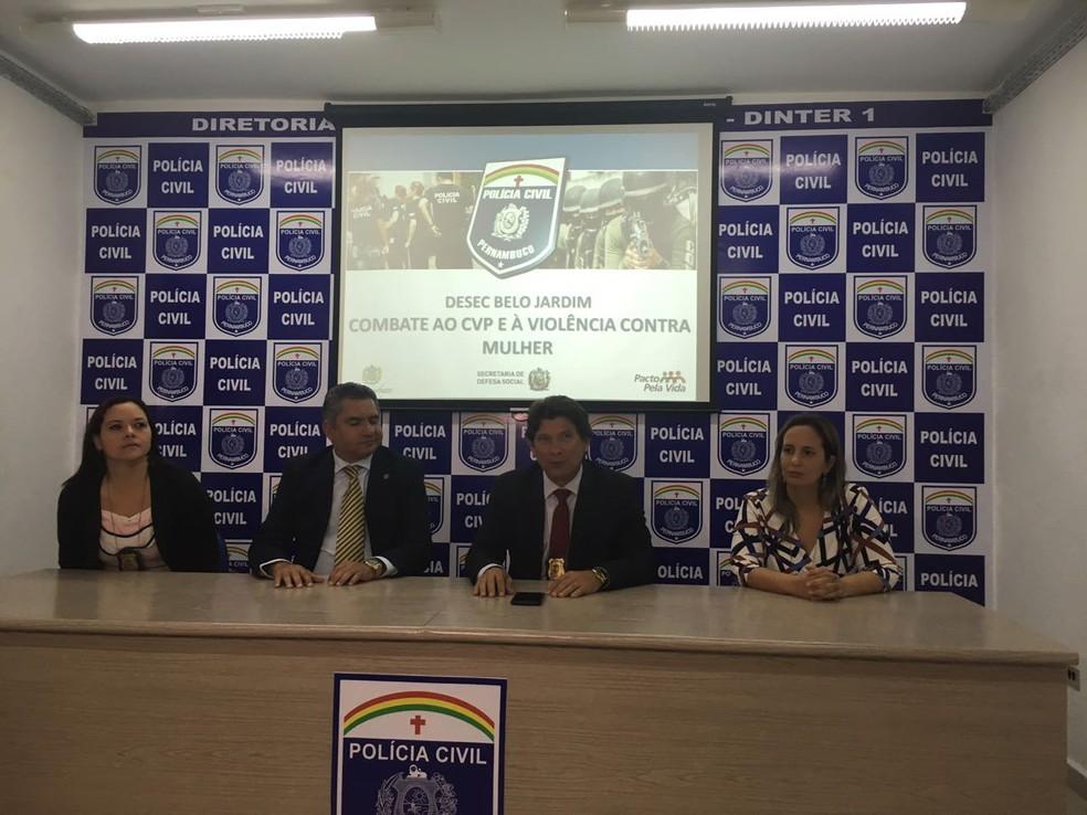 Polícia Civil apresentou detalhes na coletiva de imprensa  (Foto: Ana Rebeca Passos/Tv Asa Branca )