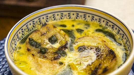 Sopa de Casca de Melancia do Chef Ravioli