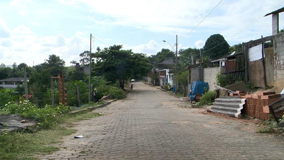 Homem é morto por esposa dentro de casa, em Viana, no ES  — Foto: Reprodução/TV Gazeta