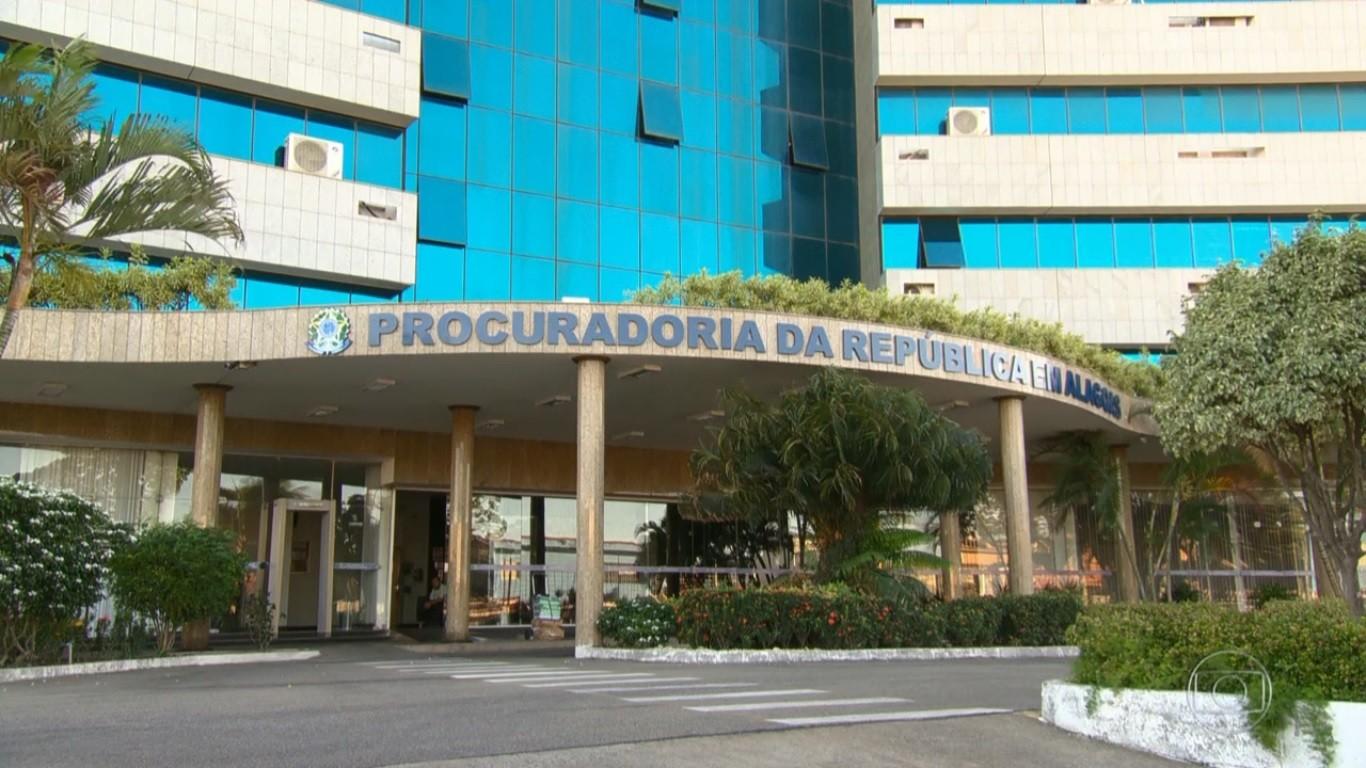 MPF em Alagoas denuncia ex-prefeito de Feliz Deserto por contratos fraudulentos - Notícias - Plantão Diário