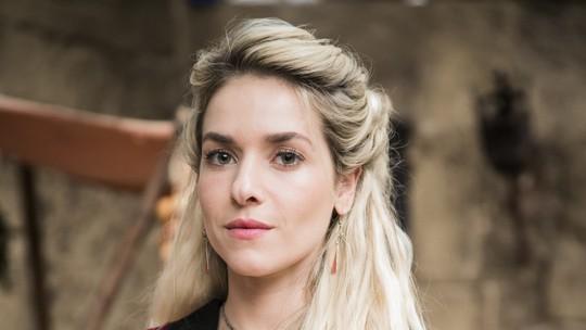Monique Alfradique conta detalhes sobre Glória: 'Autoimagem distorcida'