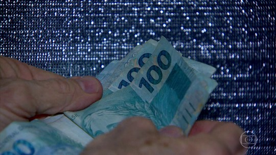 Maioria dos trabalhadores quer usar saque do FGTS para pagar dívidas