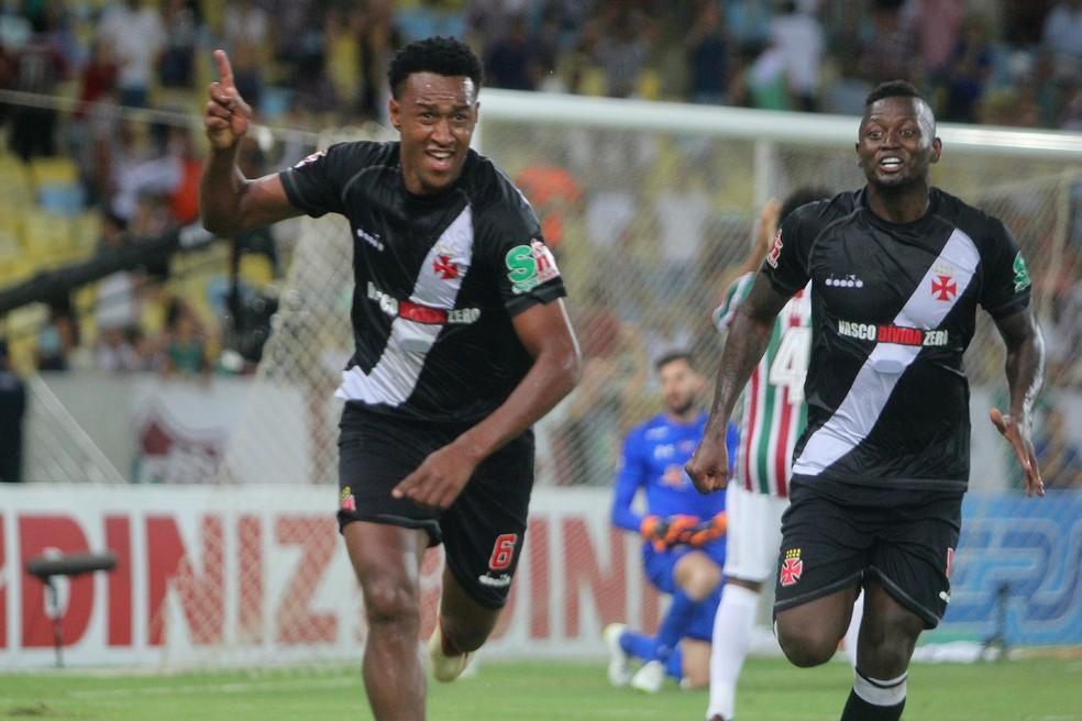 Fabrício comemora o gol que colocou o Vasco na final do Campeonato Carioca (Foto: Paulo Fernandes/Vasco.com.br)