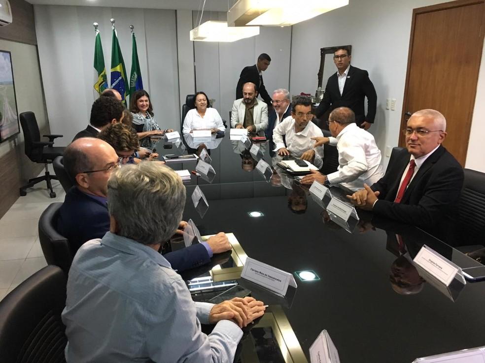 Reunião aconteceu nesta segunda-feira — Foto: Heloísa Guimarães/Inter TV Cabugi