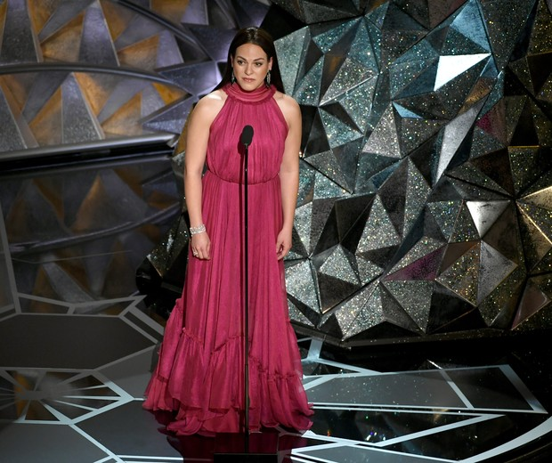 Daniela Vega: primeira transexual a atuar como apresentadora na cerimônia do Oscar (Foto: (Photo by Kevin Winter/Getty Images))
