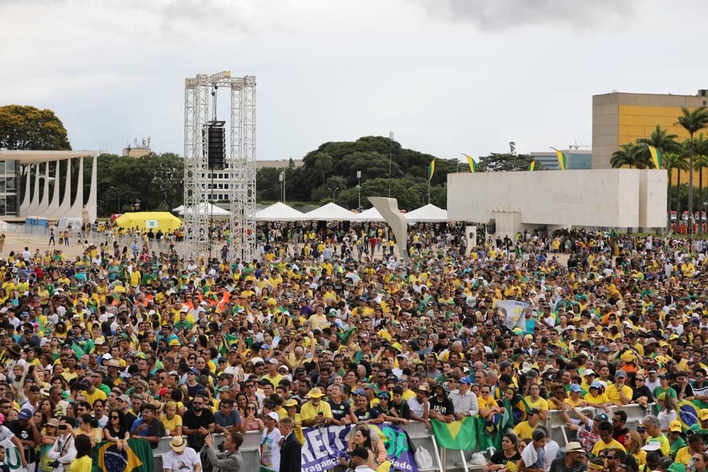 Público acompanha cerimônia de posse de Jair Bolsonaro — Foto: Fábio Tito/G1